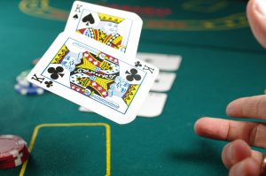 online poker earn money